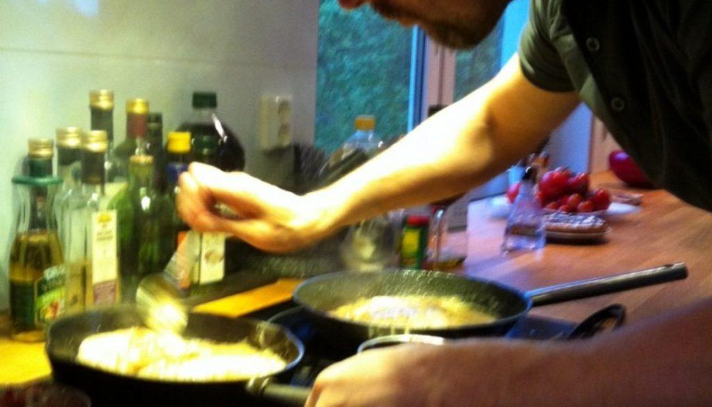 Husse är bara bäst på matlagning!
