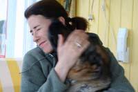 Djiin tycker om att pussa Anneli