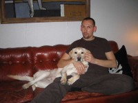 Hugo och Jocke i soffan