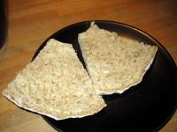 Rågkaka strax innan den äts upp till frukost